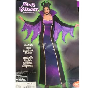 Womens EVIL QUEEN Gown Halloween Costume S M NWT